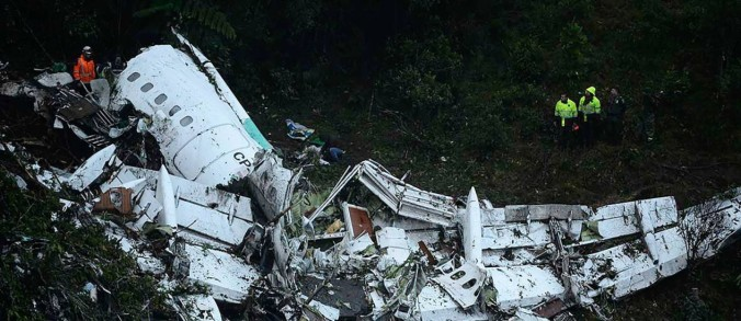 63002778_the-wreckage-of-the-lamia-airlines-charter-plane-carrying-members-of-the-chapecoense-re